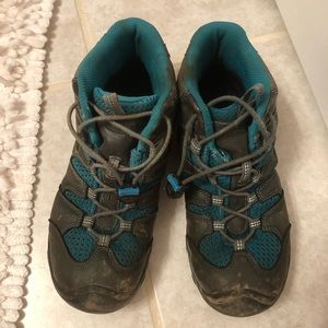 Keen Hiking Boots Size 6